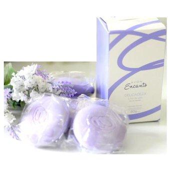 Avon – Encanto delicadeza a flor de algodón jabones cremosos 4 unidades de 80g c/u